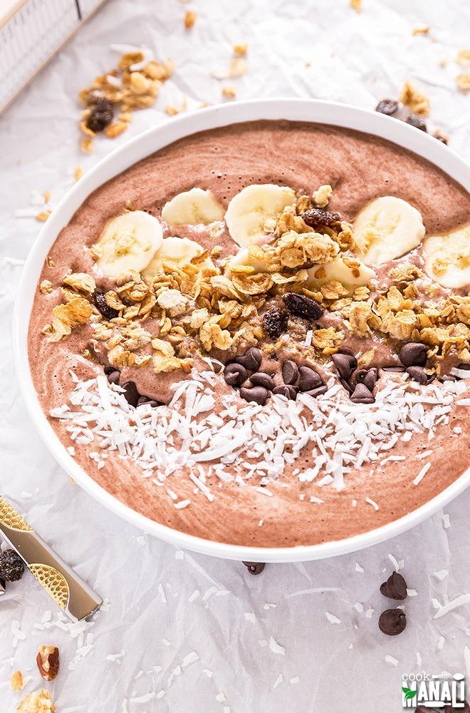 Banana chocolate smoothie bowl Great Grains
